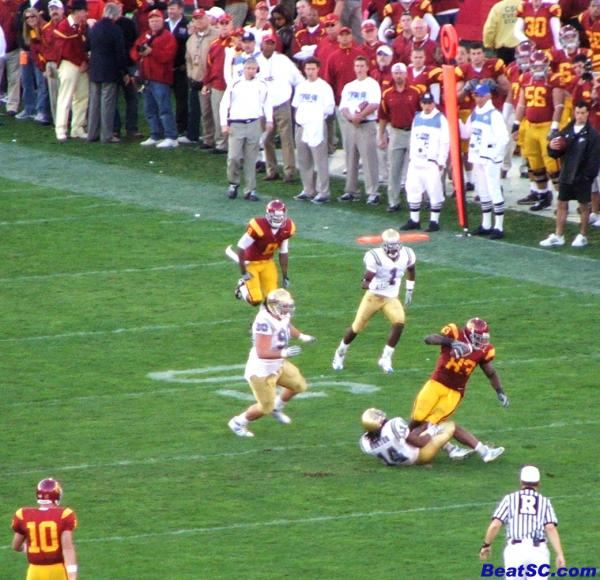 Horton drops Davis, on one of the passes that Davis DIDN'T drop.