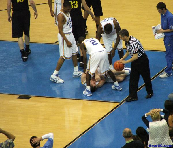 About 9,000 people grabbed their heads when KLove went down.