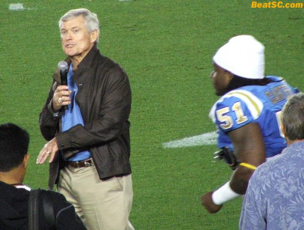 Super Bowl Champion Dick Vermeil in the house… about to get blindsided by Reggie Carter?