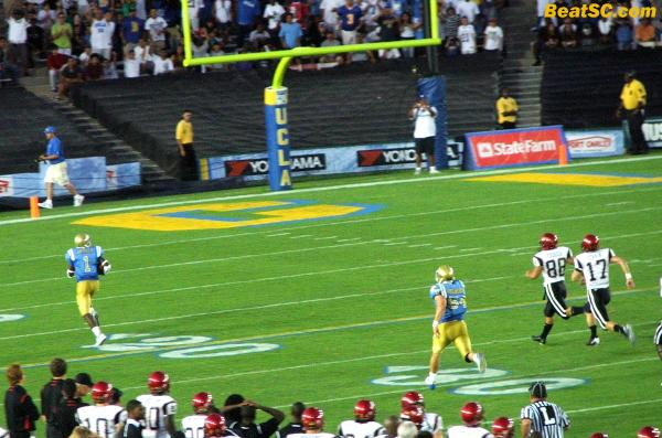 Here's the game-sealer:  Verner the Returner taking a blocked FG all the way.