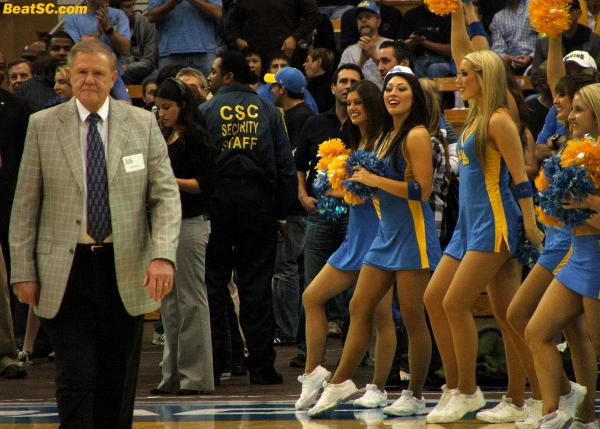 Another GREAT Assistant, and pretty damn good HEAD Coach too, Denny Crum.  I couldn't believe it when he DIDN'T become the Bruin Head Coach.